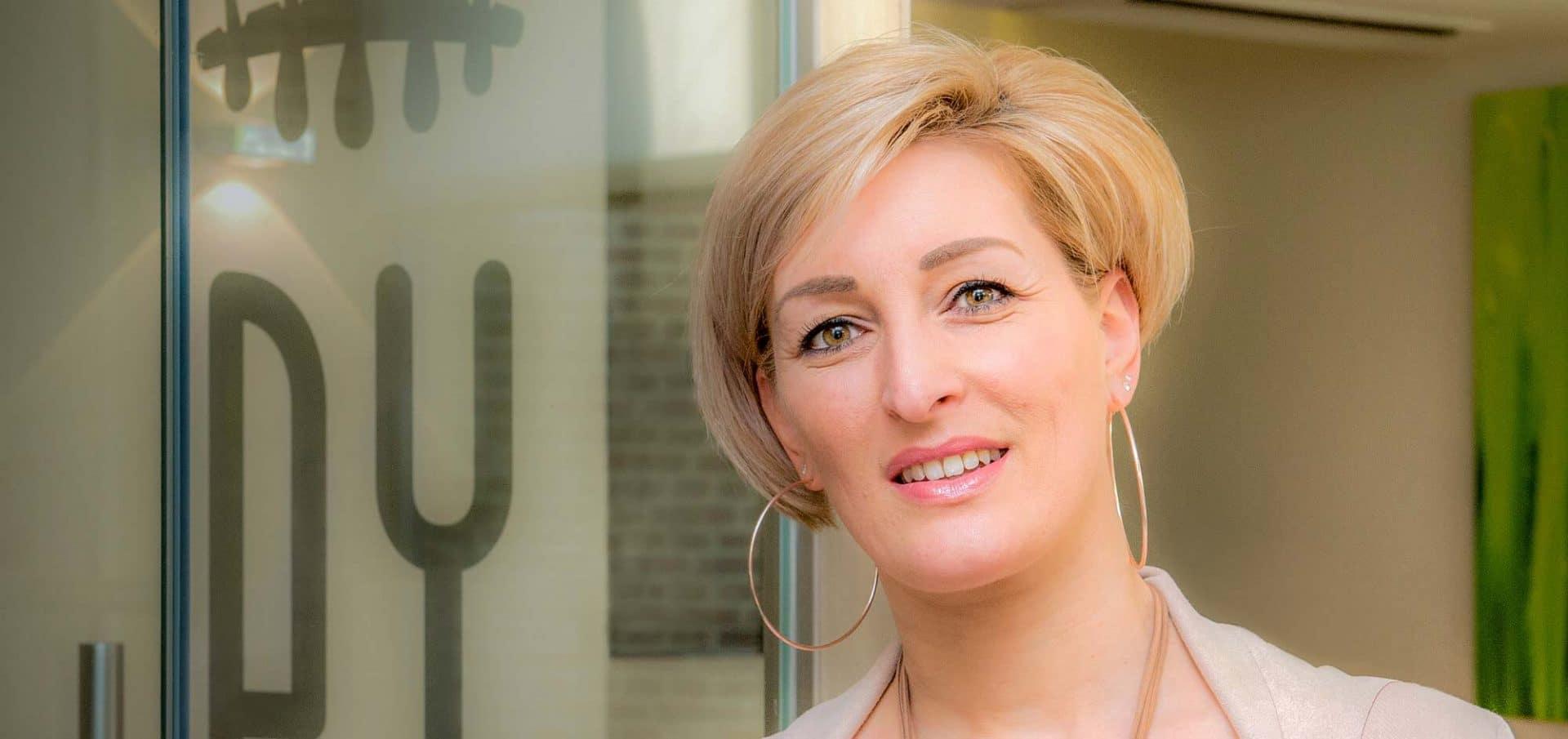 Wenkbrauw haartransplantatie Ingrid Willems