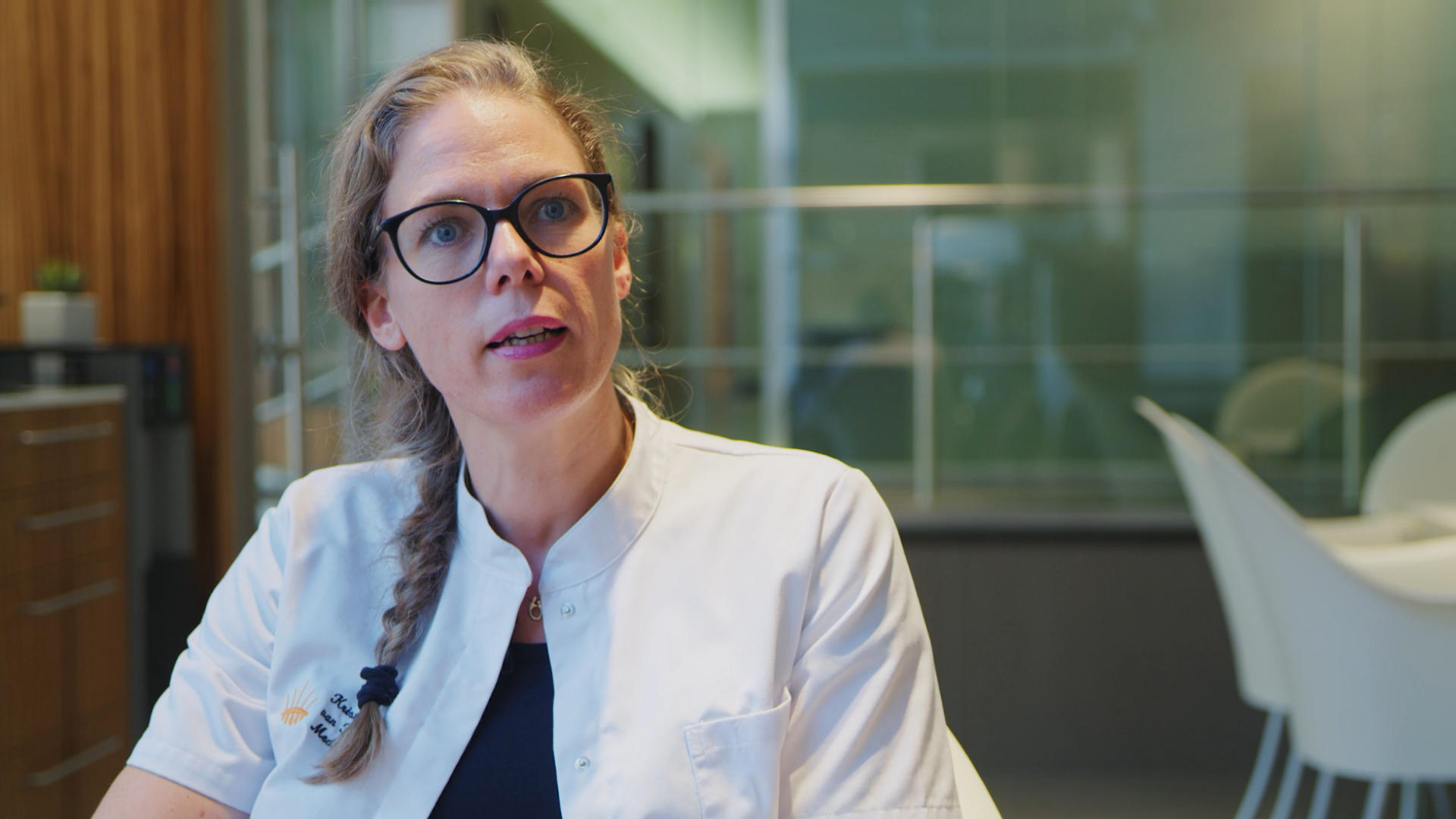 5 vragen over wenkbrauwtransplantatie aan arts Kristel van Herwijnen van Hair Science Clinic